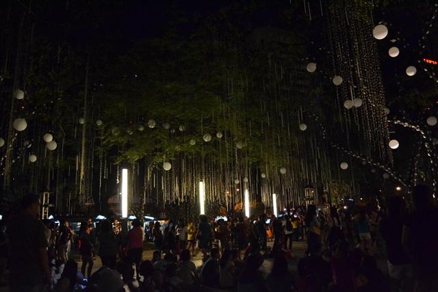 enchanting lights, ayala avenue  (5)