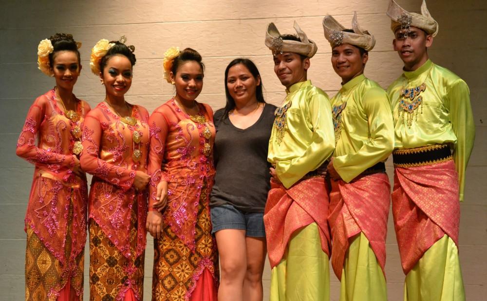 kuala lumpur dancers (1)