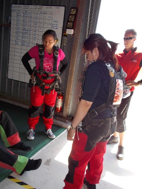 skydiving  (28)
