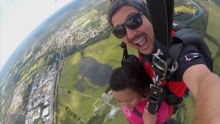 skydiving  (8)